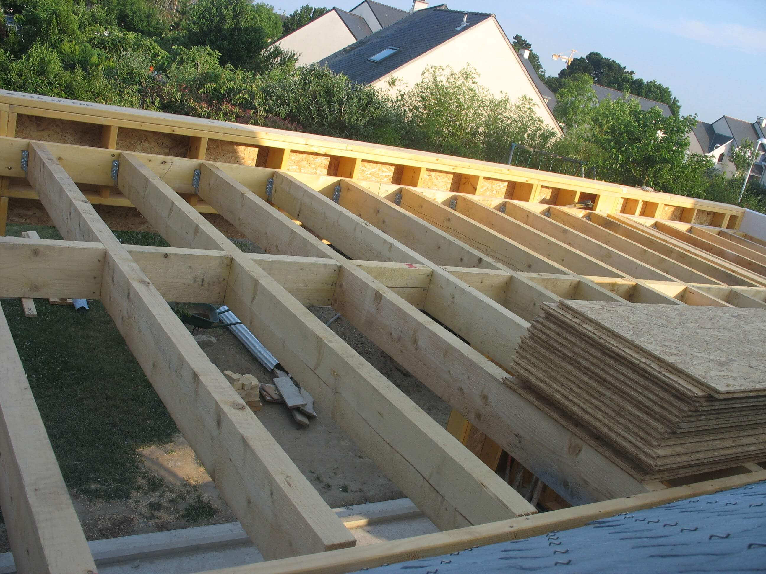 Les tapes de la r alisation d 39 une extension bois wood al for Construction toit plat beton