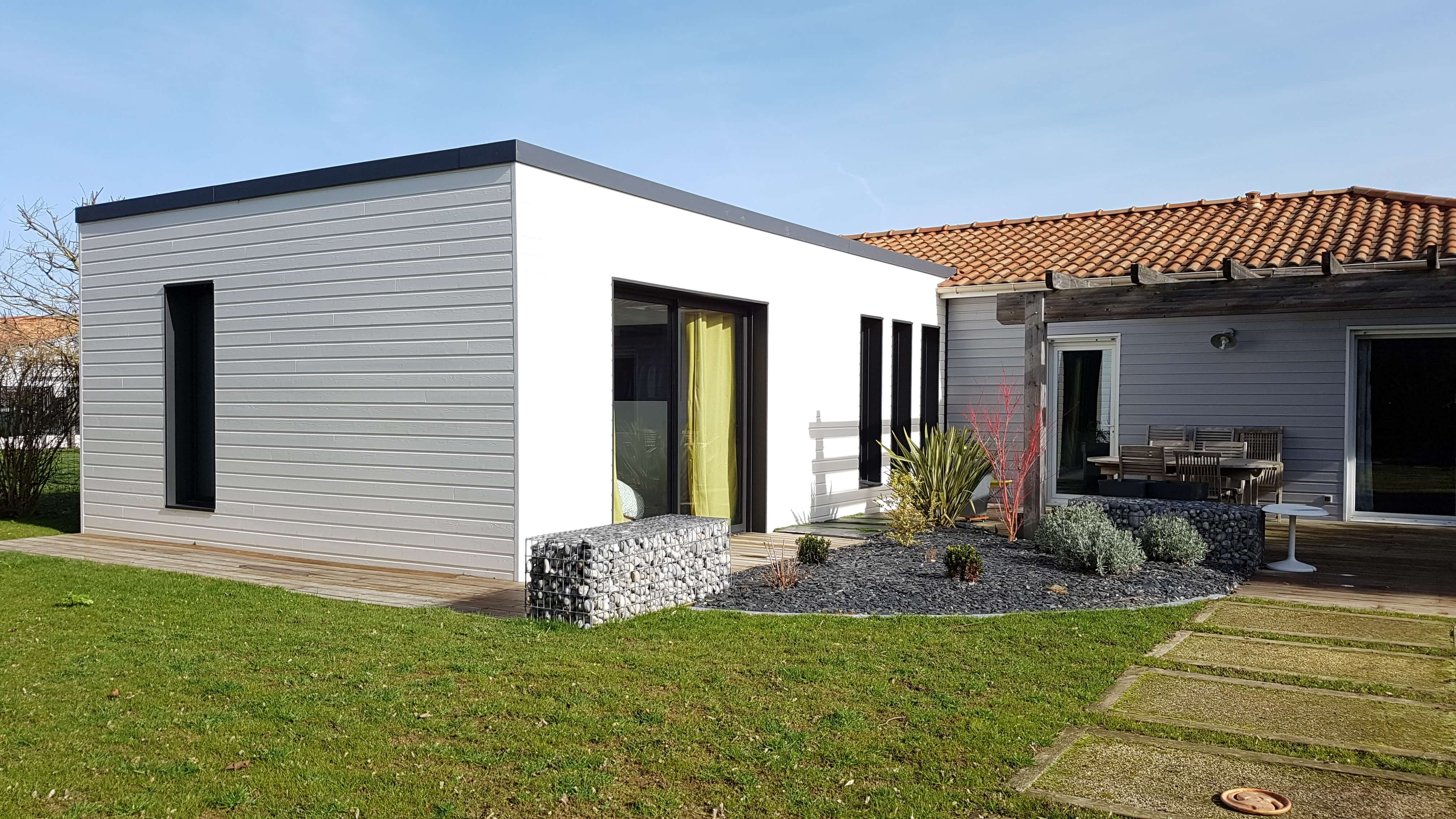 Extension bois agrandissement maison 44 wood al for Extension en bois