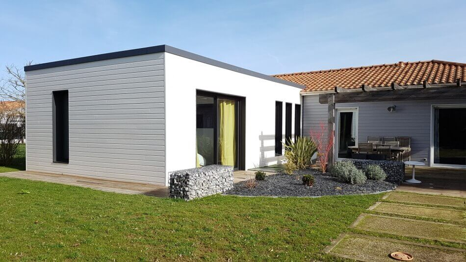 Wood al extension bois sur l vation isolation ite for Extension etage ossature bois